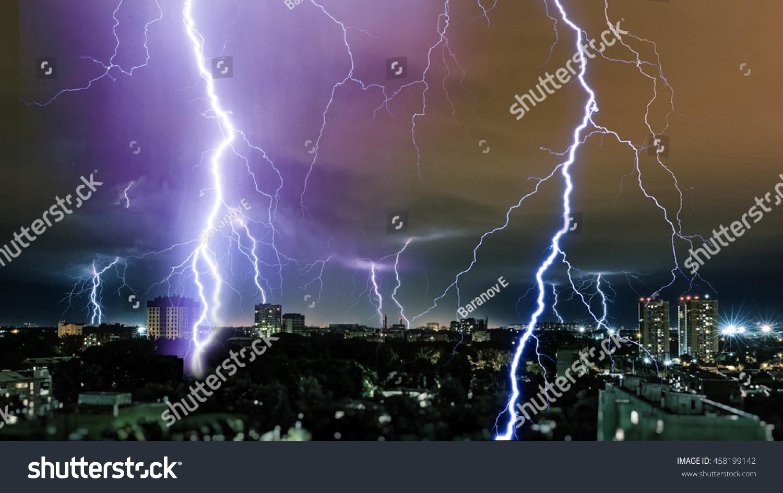 Lightning Storm Over City Thunderbolt 458199142