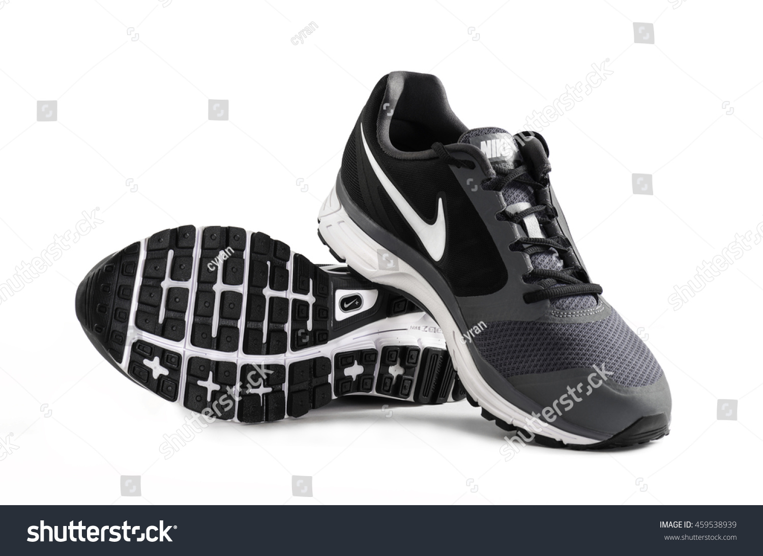 2d4f5f99 POZNAN, POLAND- July 28, 2016: NIKE VOMERO 8 men's running shoes isolated