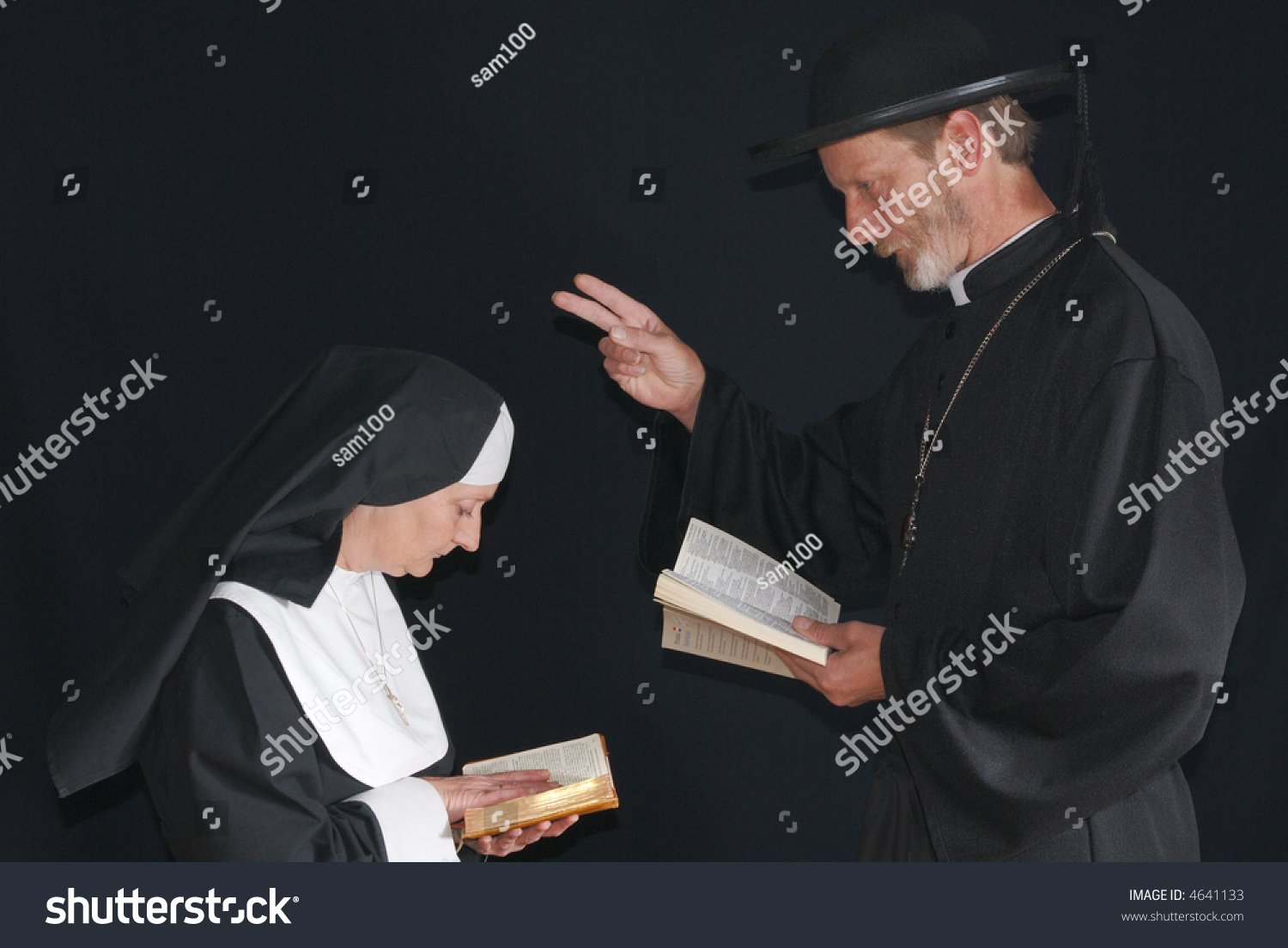 christianity and priest The bible's teaching on women ministers and priests what does the bible say about women ministers, pastors or priests what role should priests, etc, is controversial within christianity many of the larger christian denominations -- anglican, episcopal, evangelical lutheran.