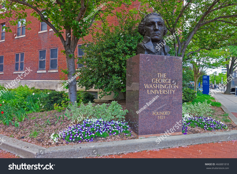 Statue George Washington Located His University Stock Photo - Largest university in usa