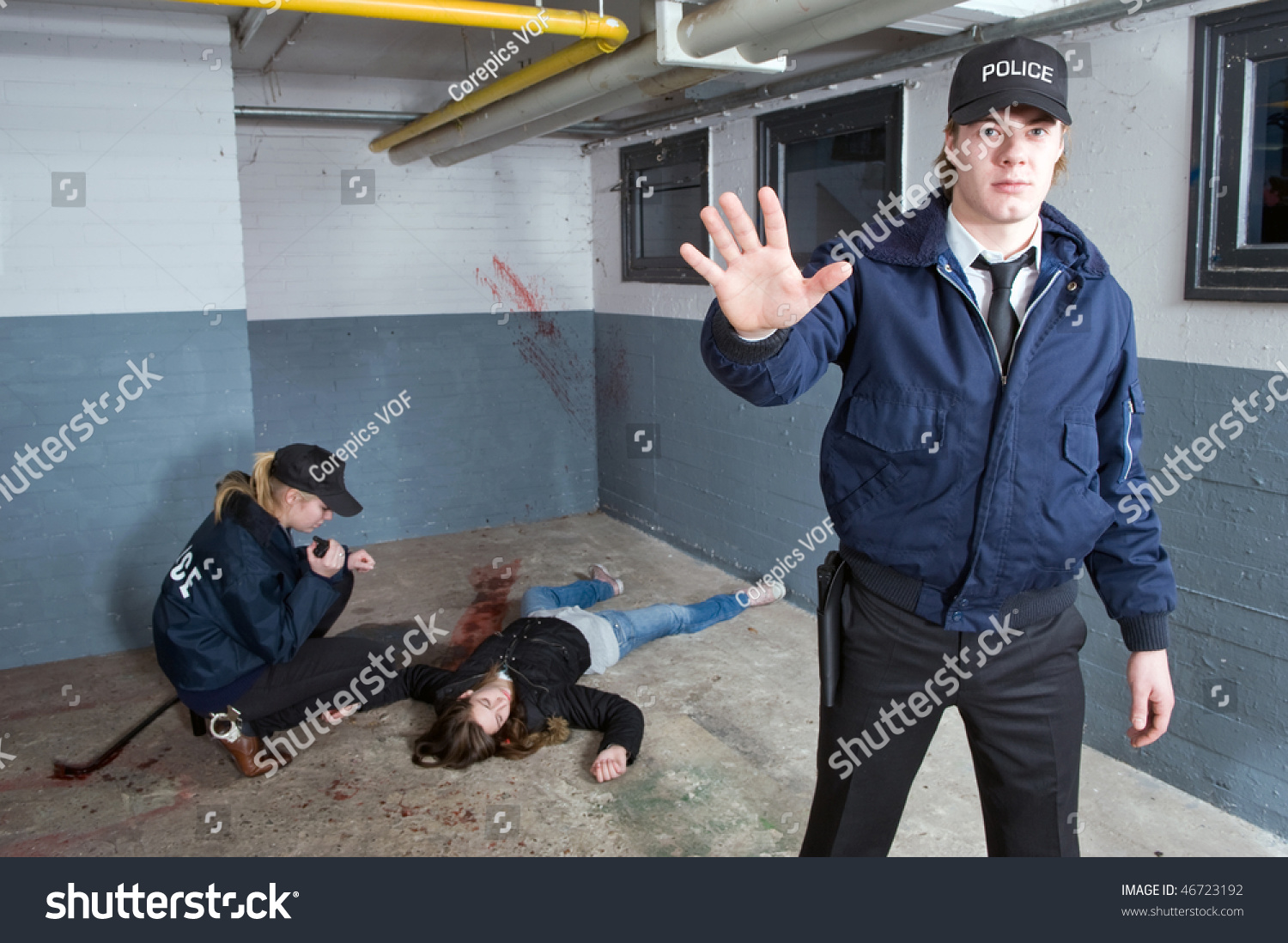 Crime Scene Photos Of Murdered Girls Police Officer Keeping...