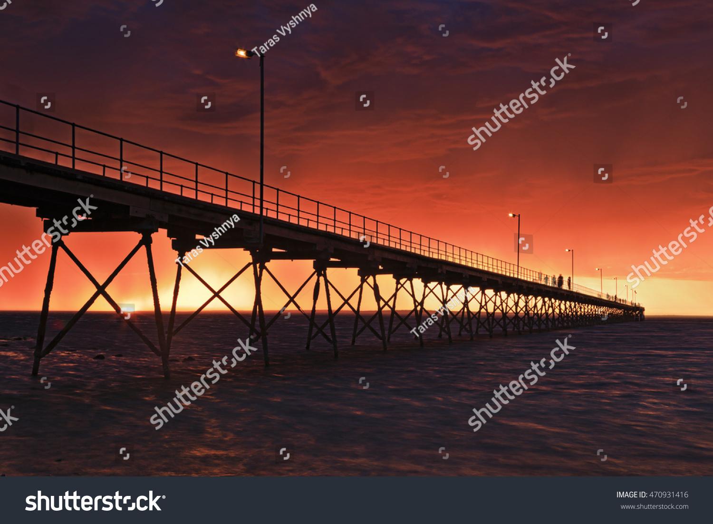 Red hellish sunset over sea horizon… Stock Photo 470931416