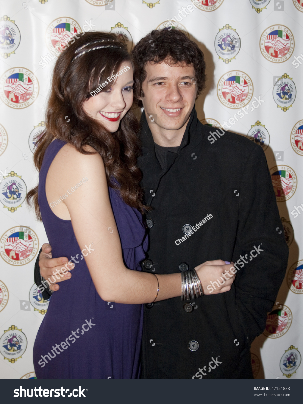 the gallery for gt erin sanders and matthew underwood kissing