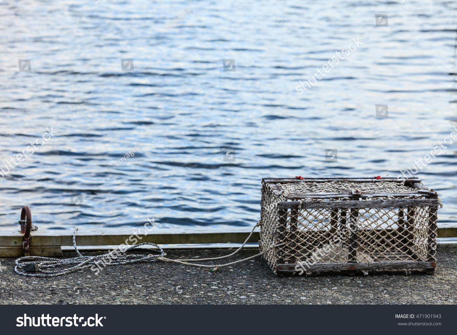 fish trap voyager cover
