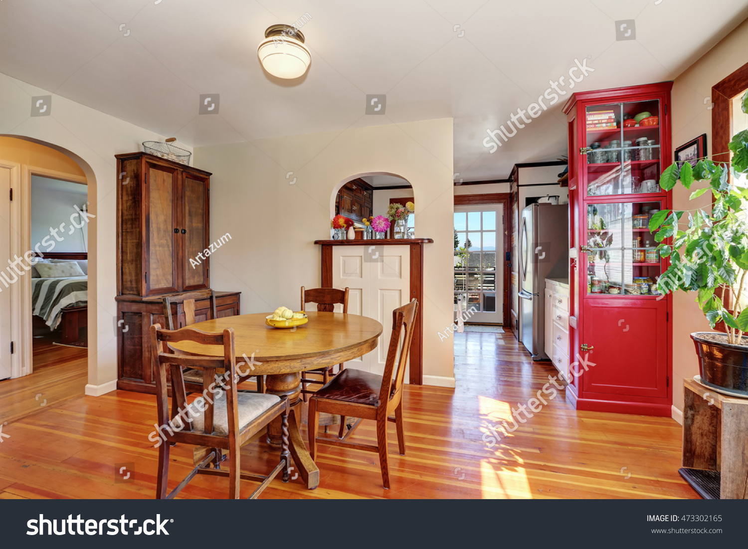 Dining Room With Antique Furniture, Northwest, USA