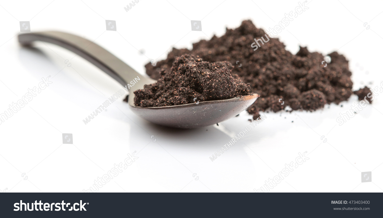 Super Food Dried Maqui Berry Powder Stock Photo Edit Now 473403400