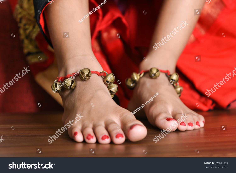 braless Feet Misty Stone naked photo 2017