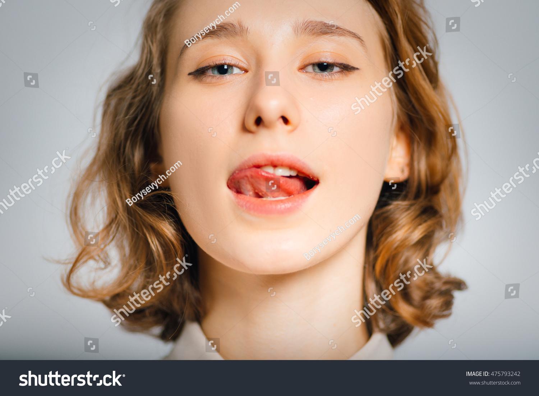 Women Lick 47