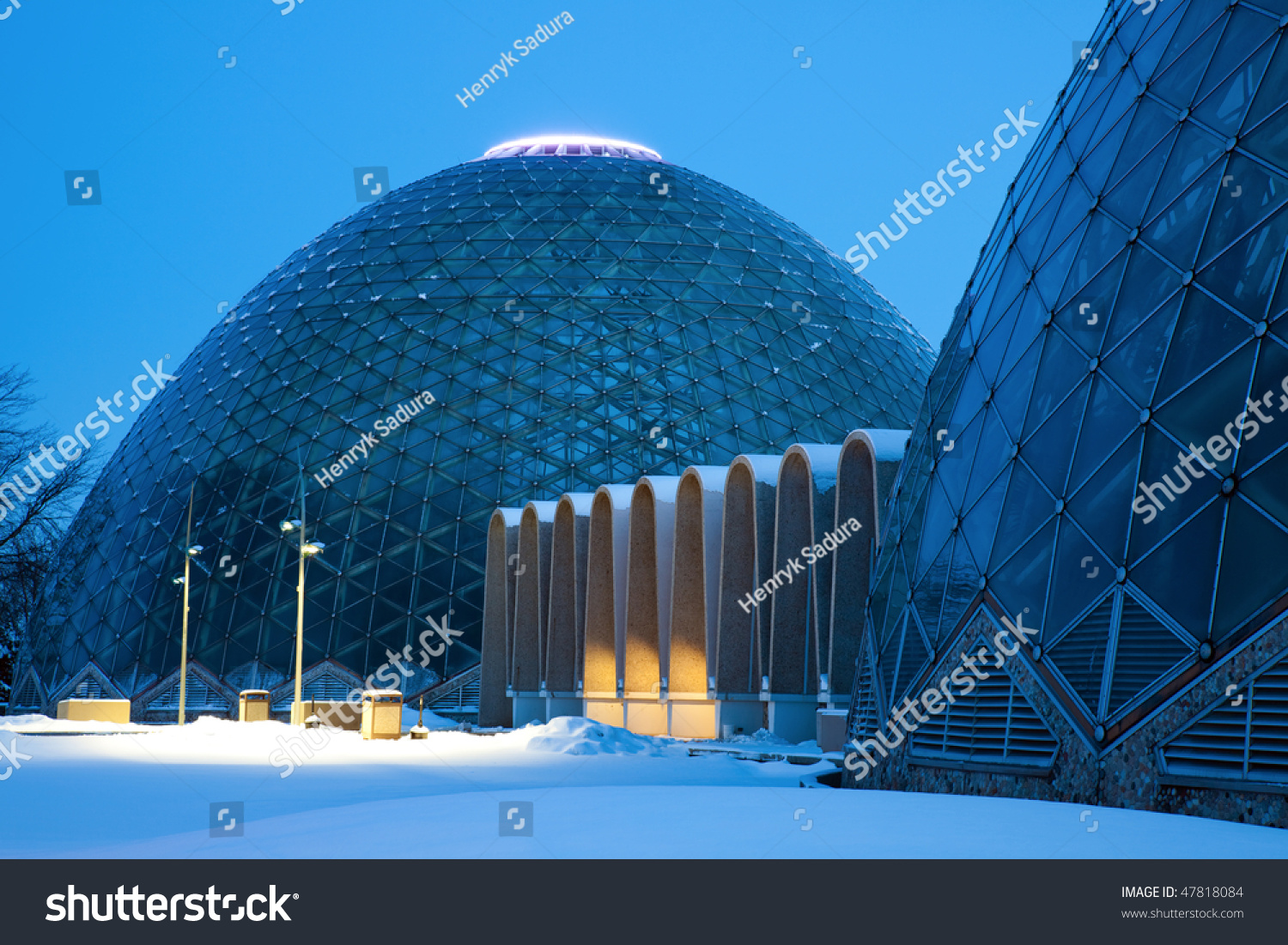 Dome Of A Botanic Garden In Milwaukee Wisconsin Stock Photo 47818084 Shutterstock