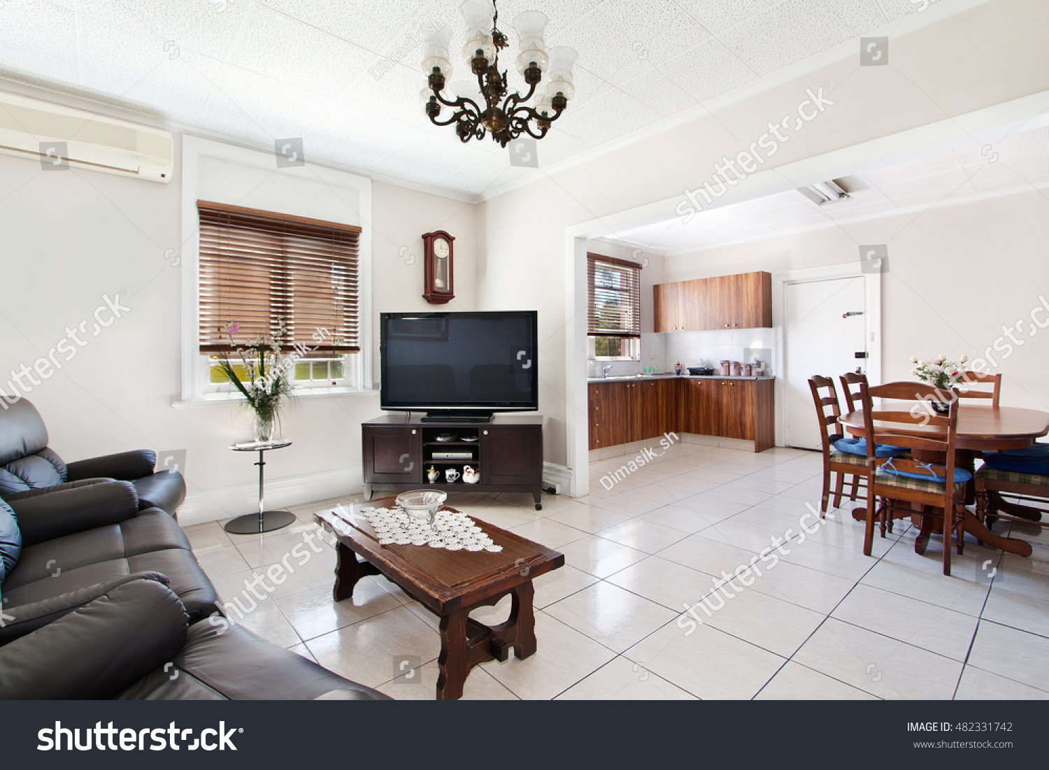 Beautiful Living Room Stock Photo (Download Now) 482331742 ...
