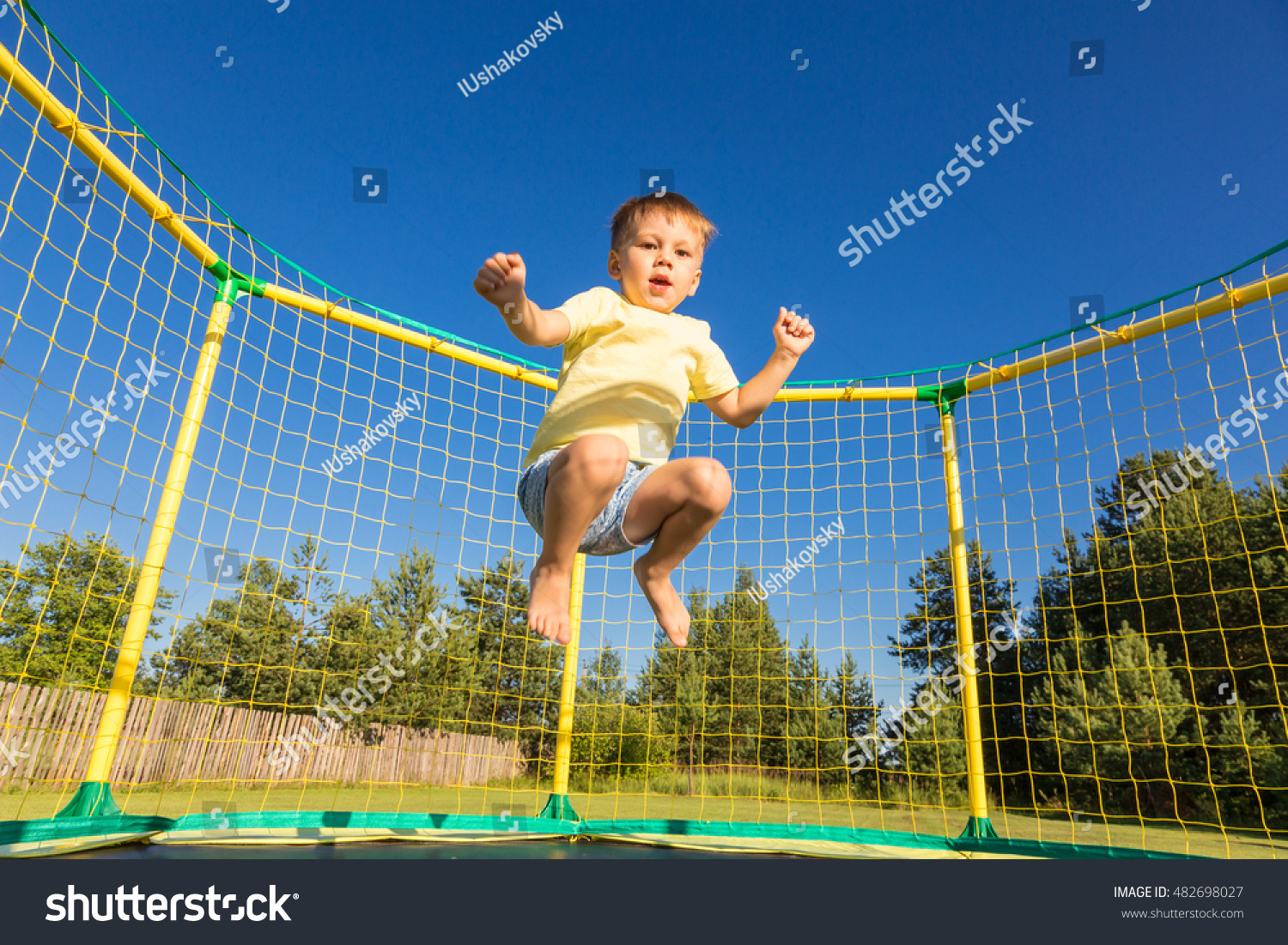 trampolining officials What equipment do trampolining officials need a trampoline  flexibility is important during trampolining if you are not flexible then you would not be able to.