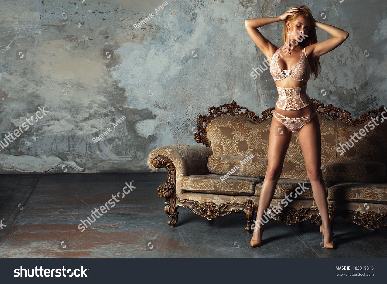Mature milf naked pics