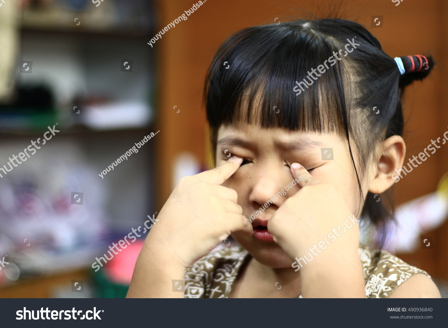 childs eyes asian love portrait cute stock photo (safe to use