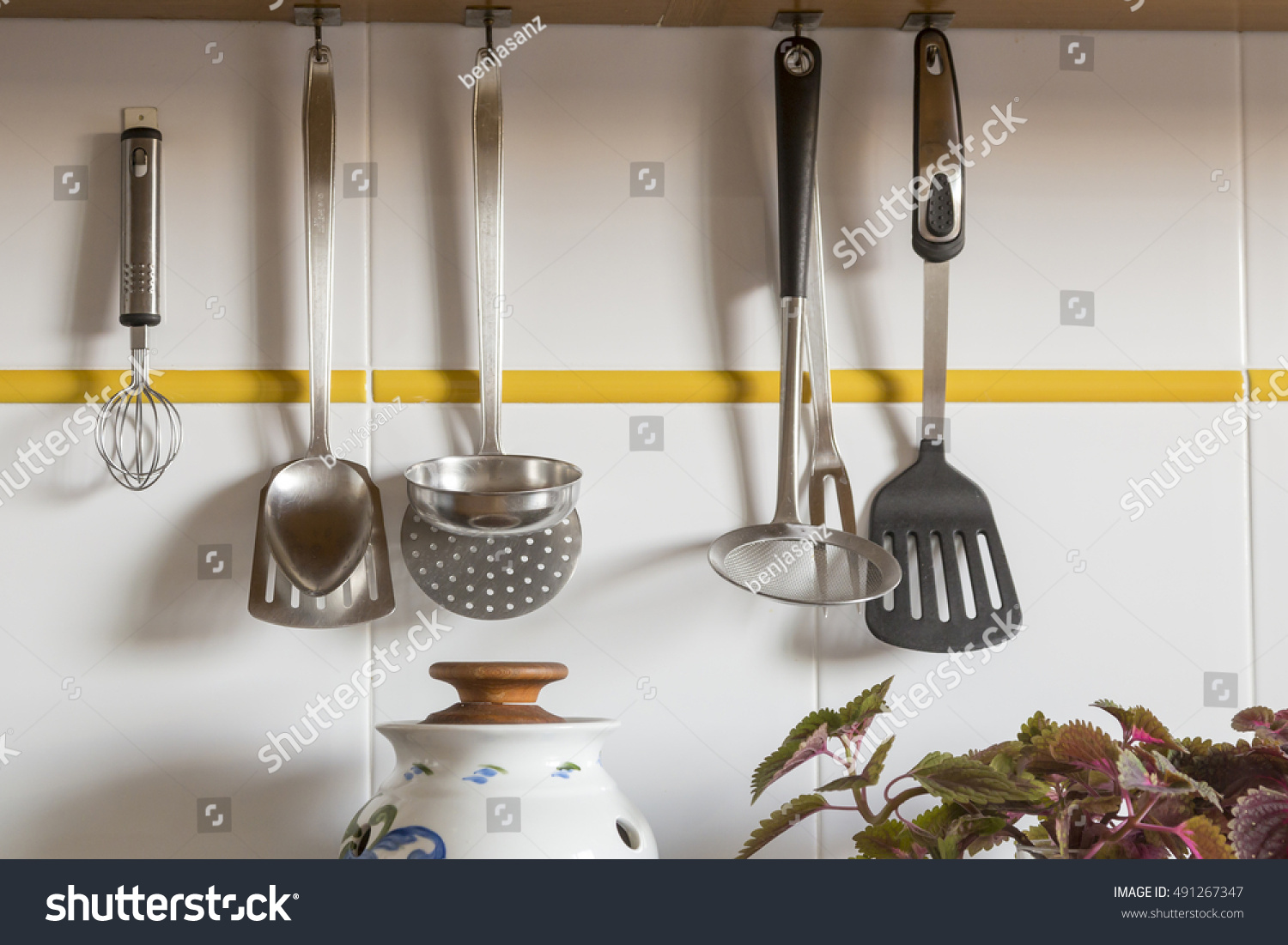 View Kitchen Counter Cutting Board Hanging Stock Photo 491267347 ...