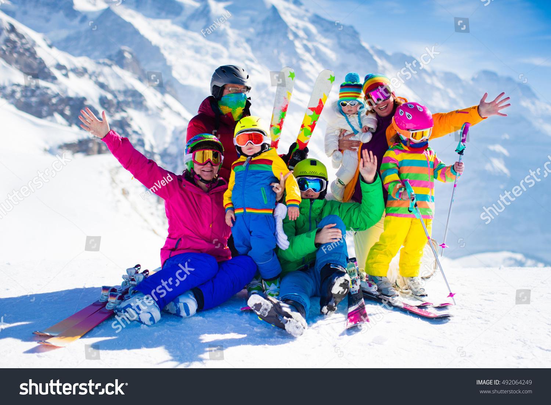 e78fda37d878 Family Ski Vacation Group Skiers Swiss Stock Photo (Edit Now ...