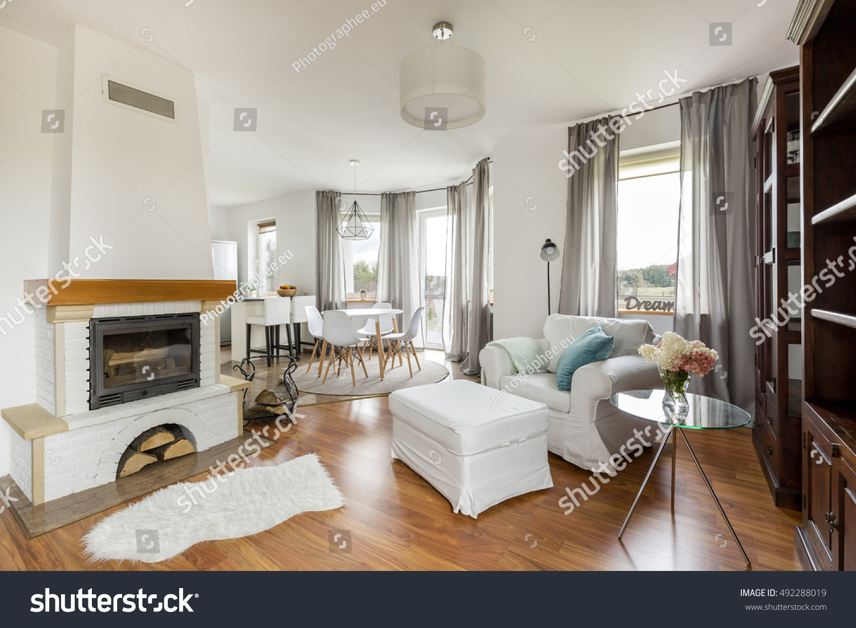 Cozy Light Flat Interior New Furniture Stock Photo 492288019 ...