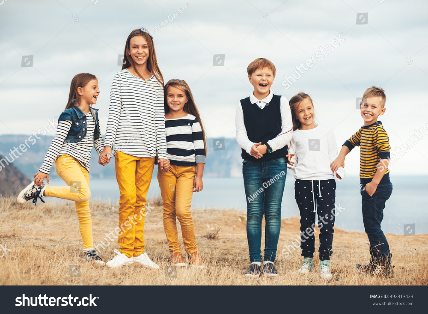 Group fashion children wearing same style stock photo 492313423 shutterstock Fashion style group mauritius