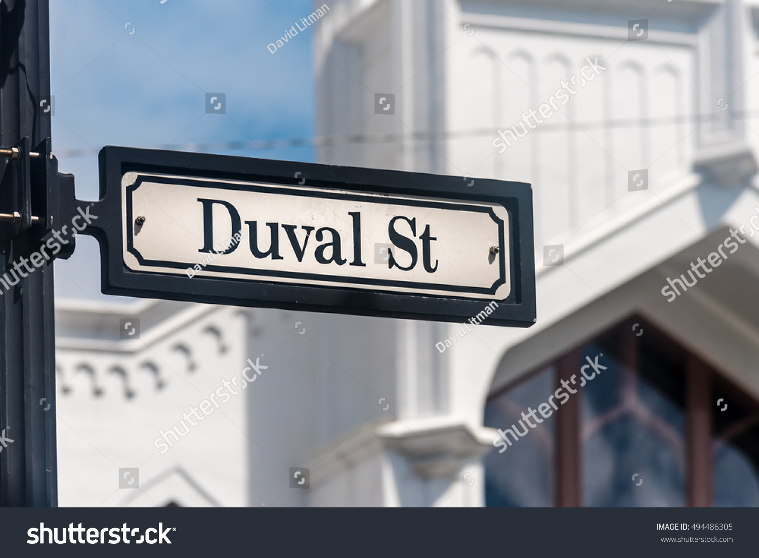 Duval Street in Key West, Florida, is a popular tourist attraction in the lower Florida Keys and is famous for art galleries, boutiques, restaurants, night clubs and events with wild parties.