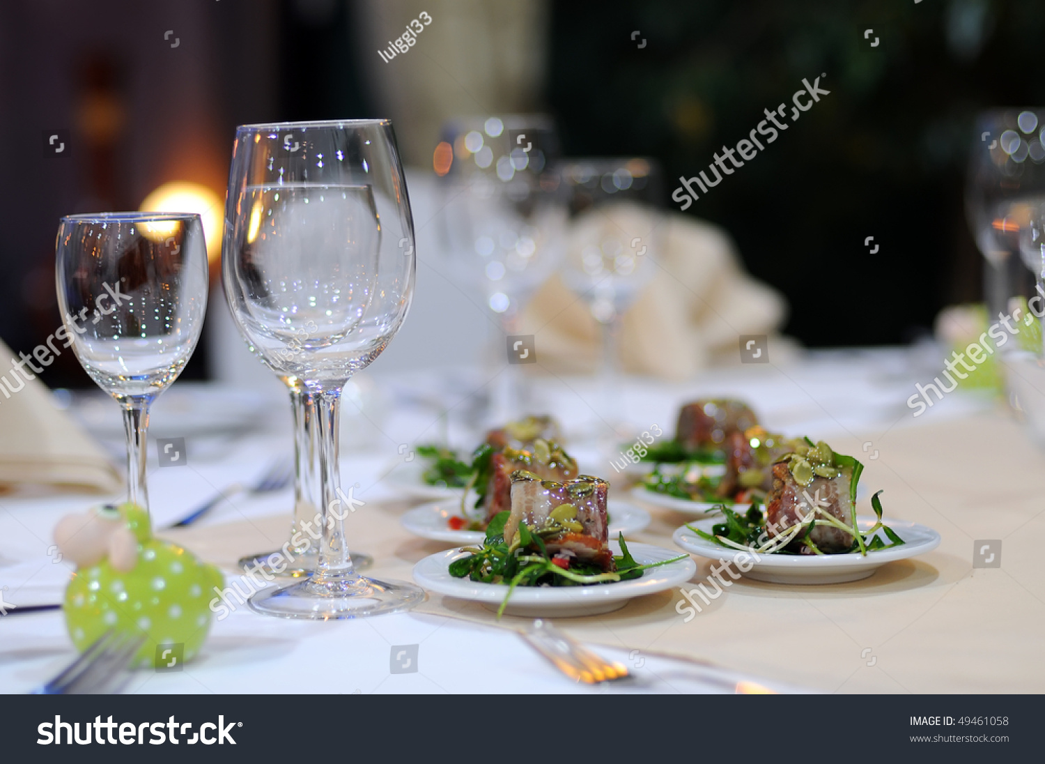 Elegant dinner table setting - A Part Of Elegant Table Setting In Luxury Restaurant Close Up Of Wineglasses And Snack