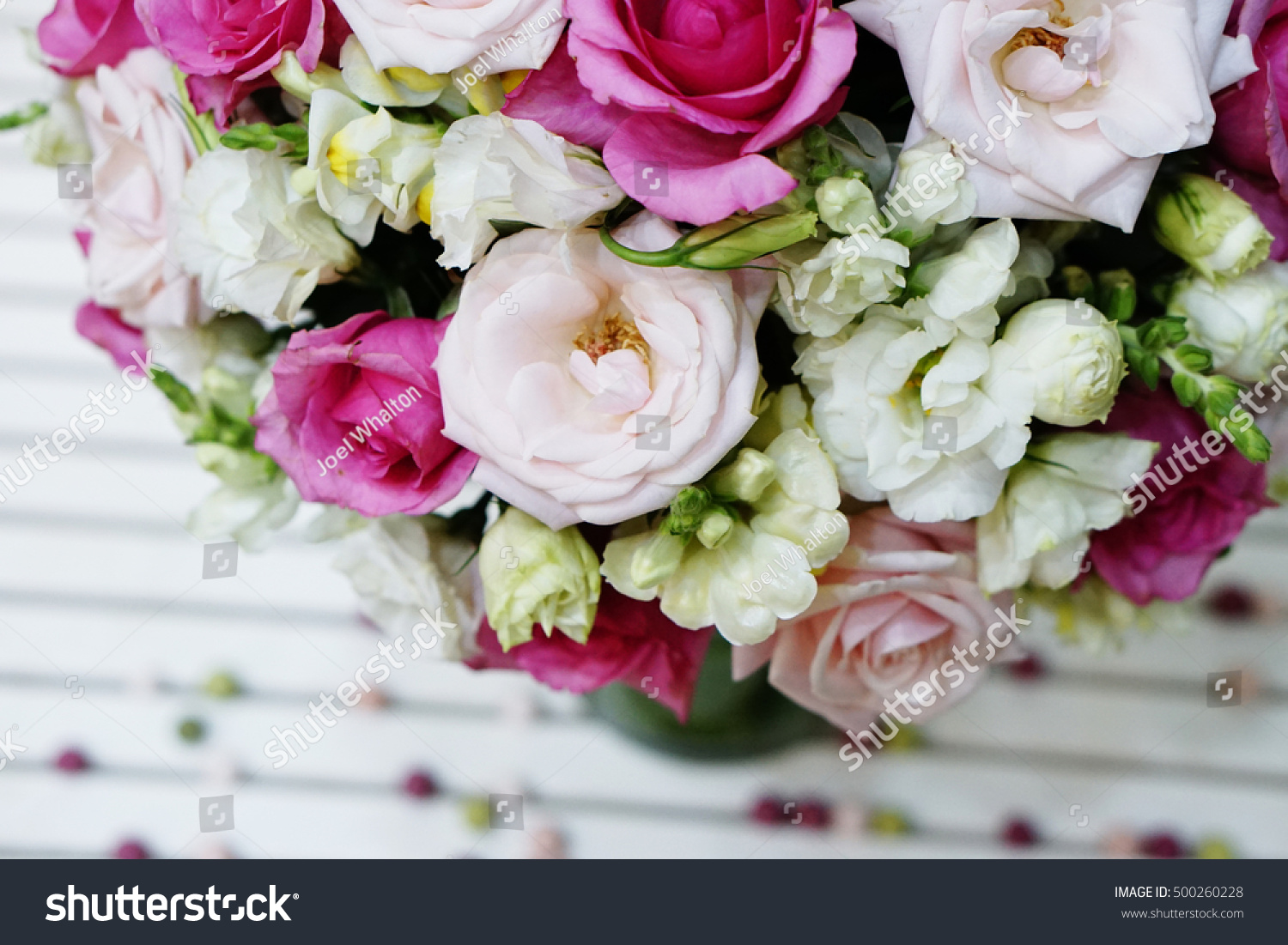 Bunch Pink Roses White Roses Flower Stock Photo Edit Now 500260228