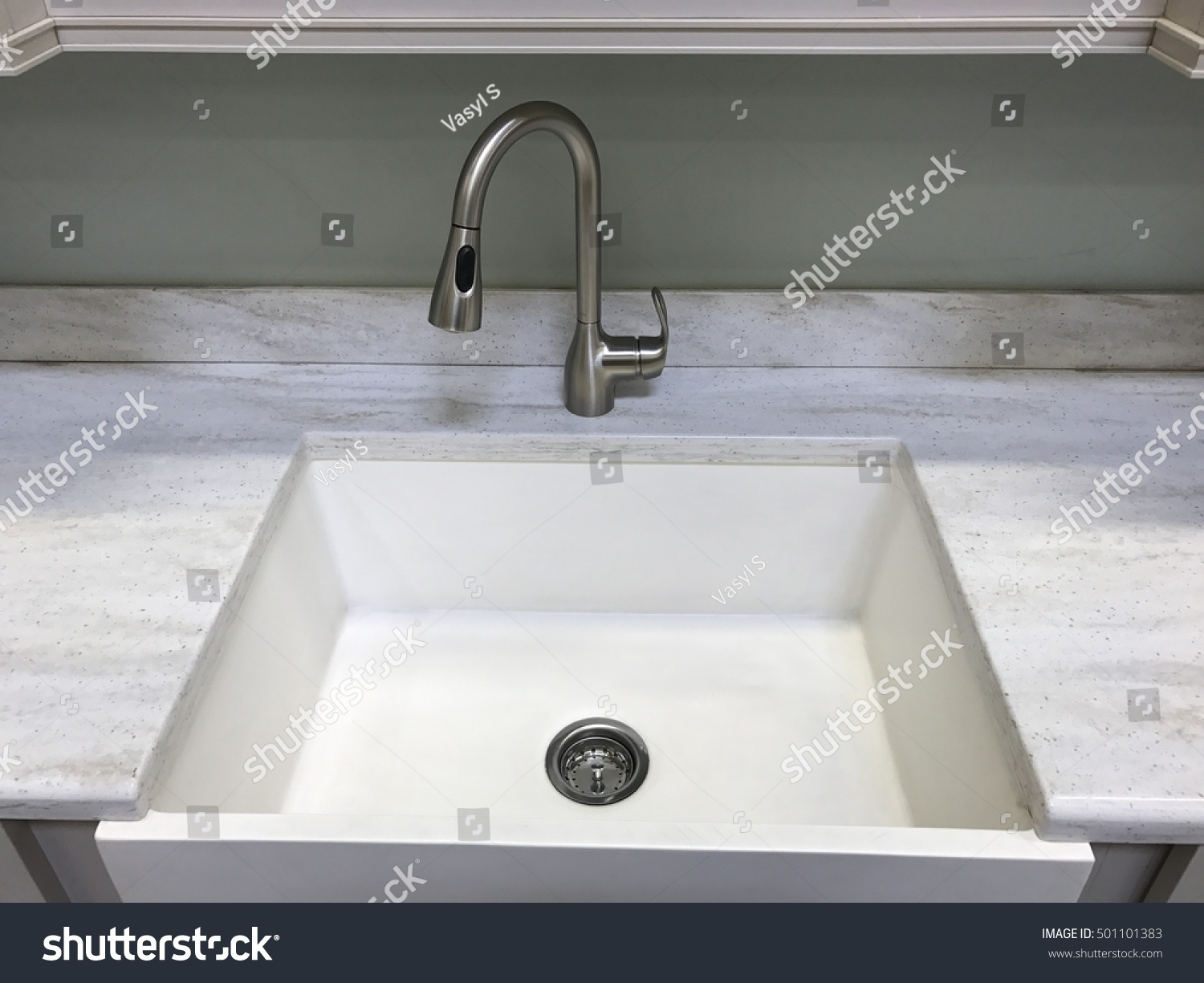 White Kitchen Sing Faucet Stock Photo (Royalty Free) 501101383 ...