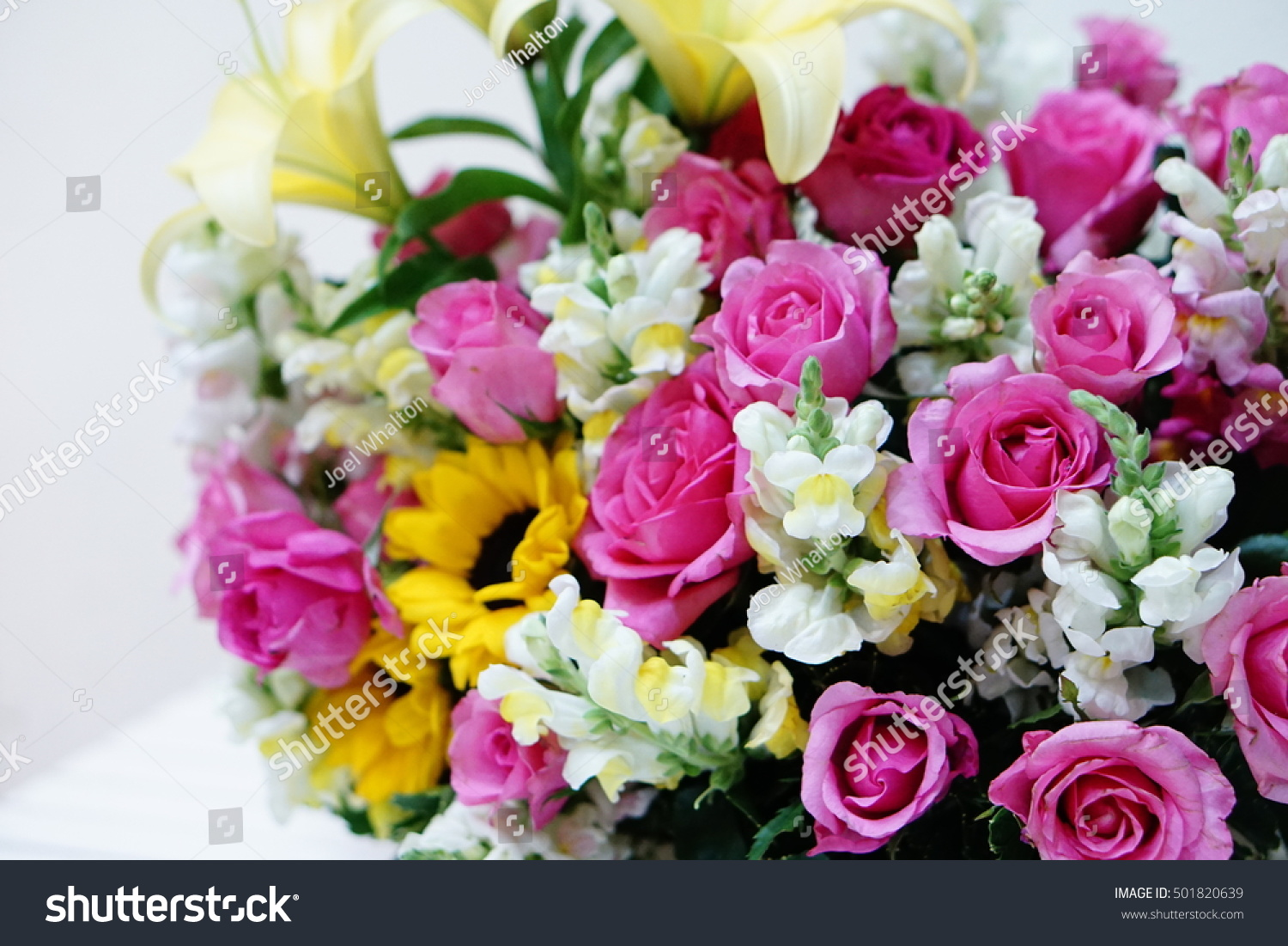 Royalty-free A bunch of flowers (pink roses,… #501820639 Stock Photo ...