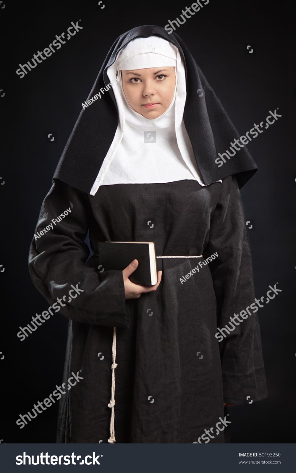 Чем занимаются монашки 19 фотография