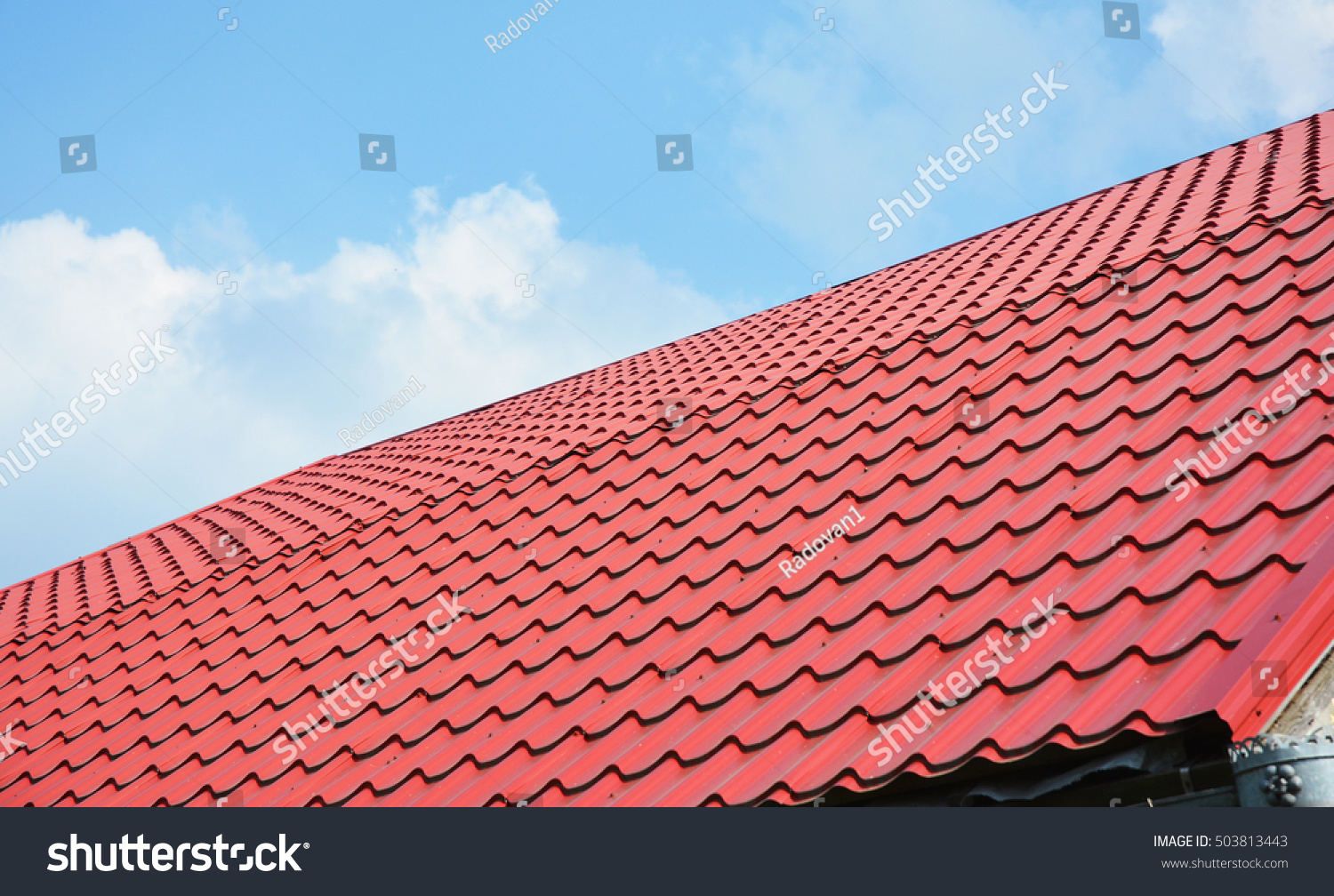 Red Metal Roof Tiles. Metal Roof Shingles   Roofing Construction, Roofing  Repair.