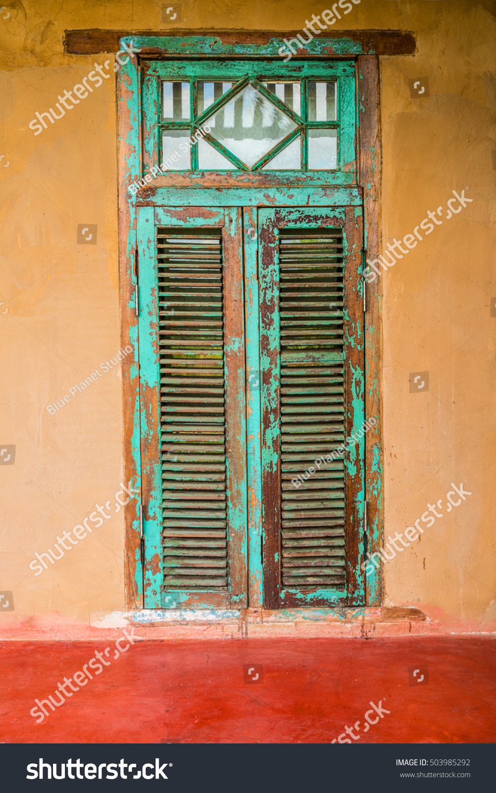 Vintage Style Old House Interior Door And Windows. Indian Building  Exterior. #503985292