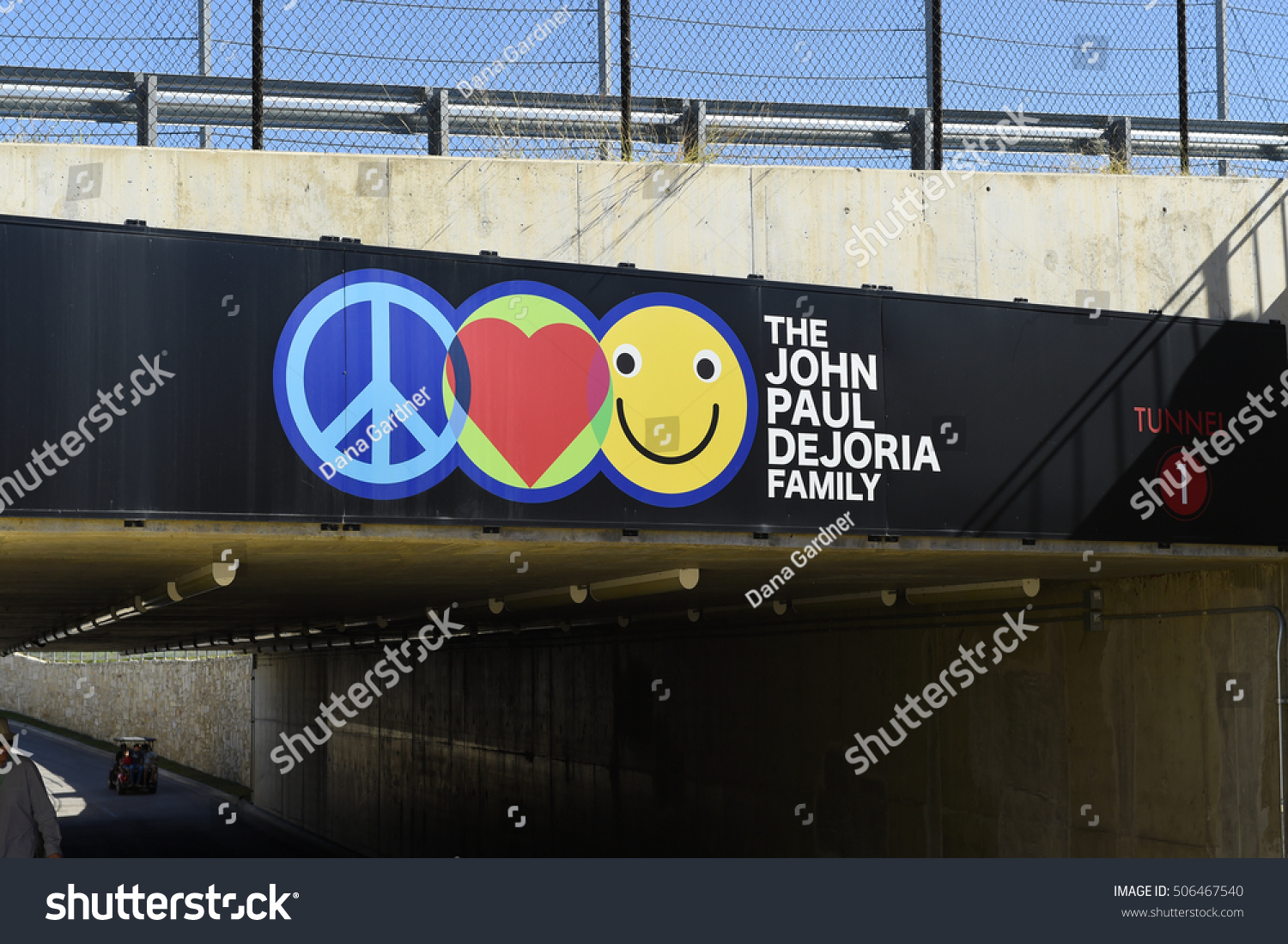 https://image.shutterstock.com/z/stock-photo-austin-october-the-john-paul-dejoria-family-tunnel-entrance-to-the-team-area-at-the-circuit-506467540.jpg