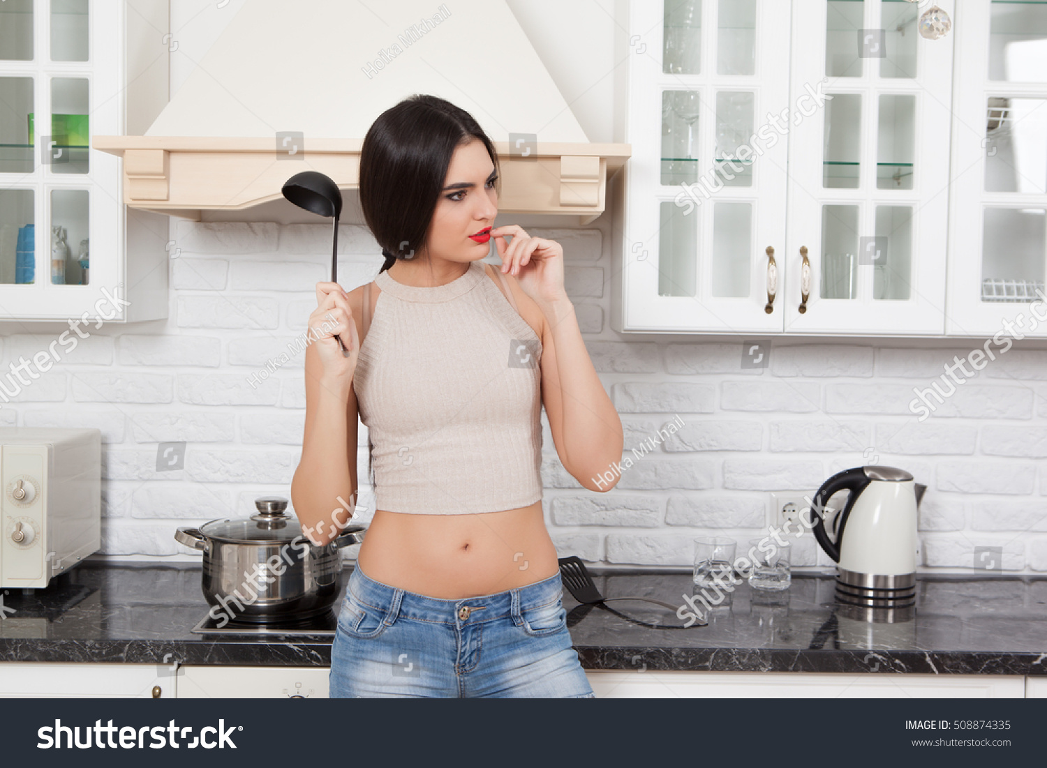 Young girl kitchen good, agree