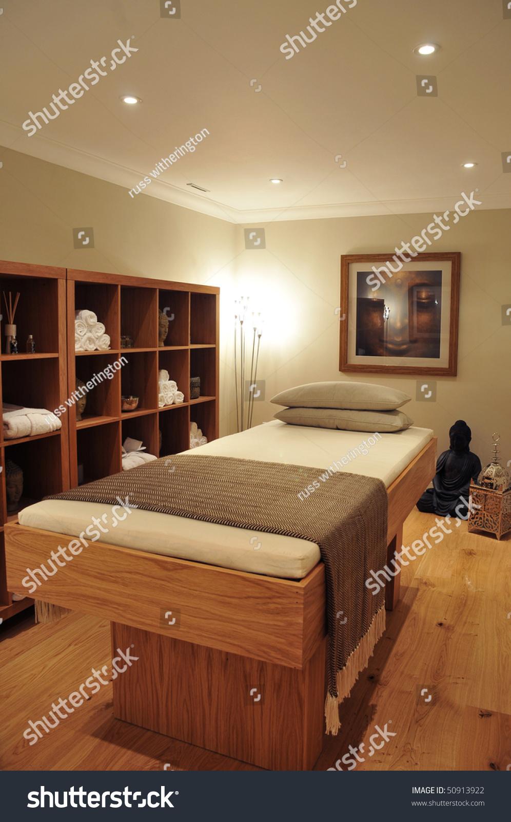 Groovy Interior Spa Room Consisting Bench Pillows Stock Photo Edit Uwap Interior Chair Design Uwaporg