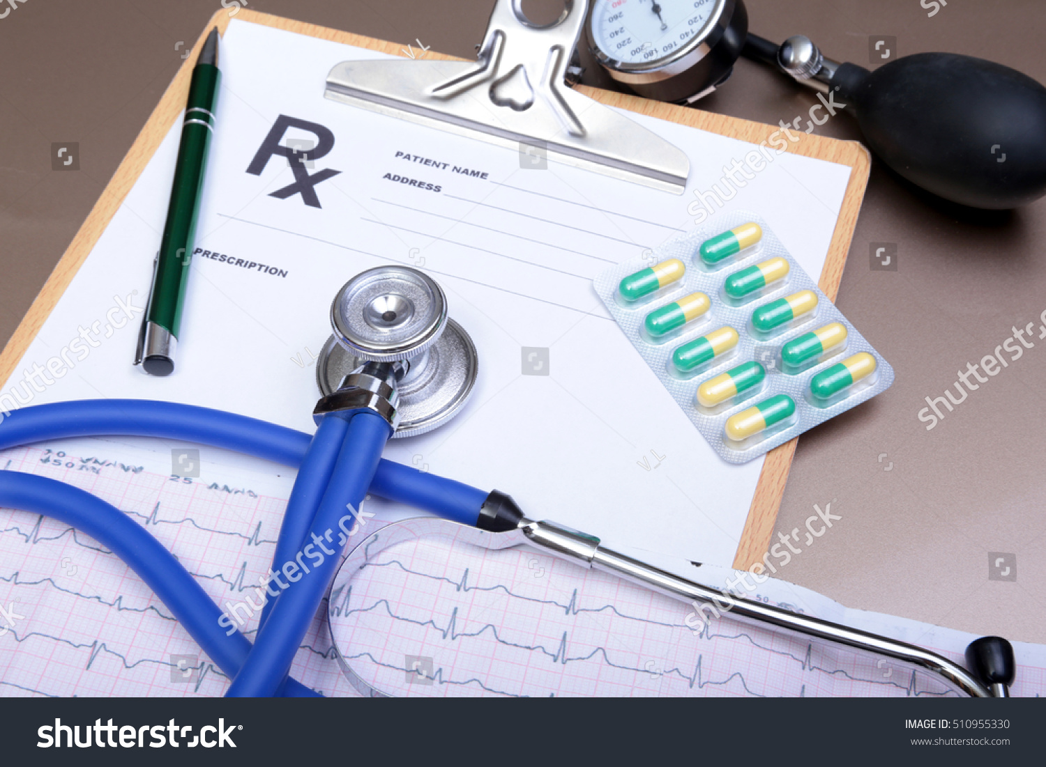 Stethoscope Head Silver Pen Lying On Stock Photo Edit Now Remote Concept Diagram And Cardiogram Clipboard Pad Cardio Therapeutist Assistance
