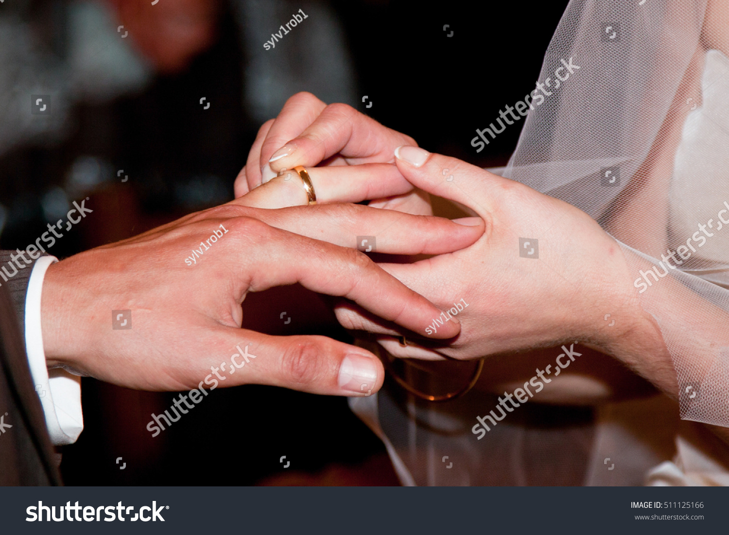 Wedding ring moment | EZ Canvas