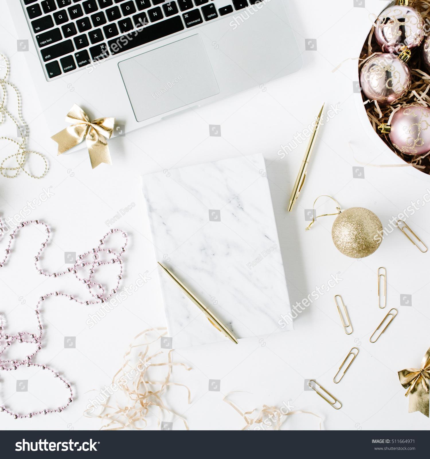 Feminine Workspace Laptop Marble Diary Golden Stockfoto Jetzt