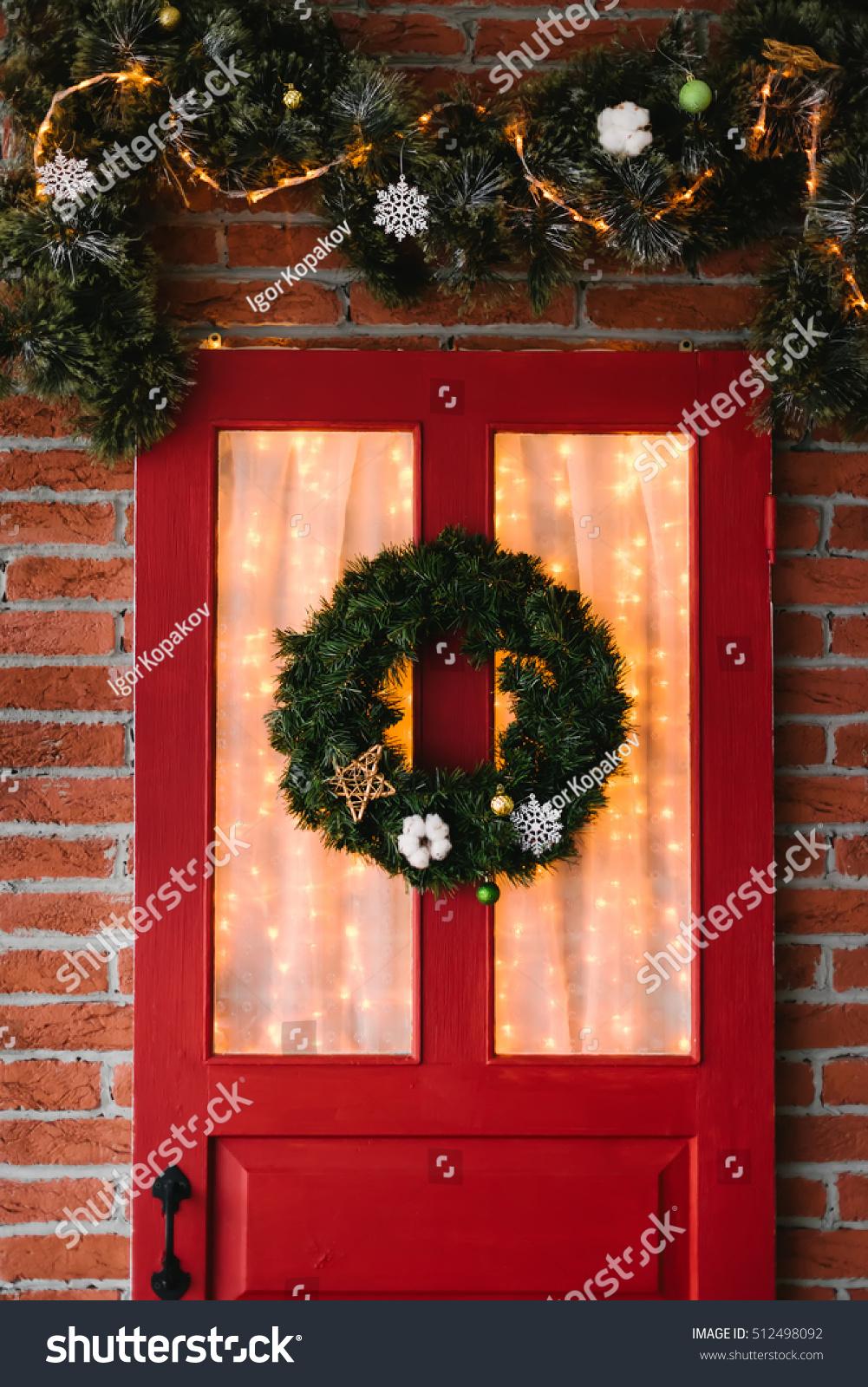 Christmas Wreath On Red Door Stock Photo Edit Now 512498092