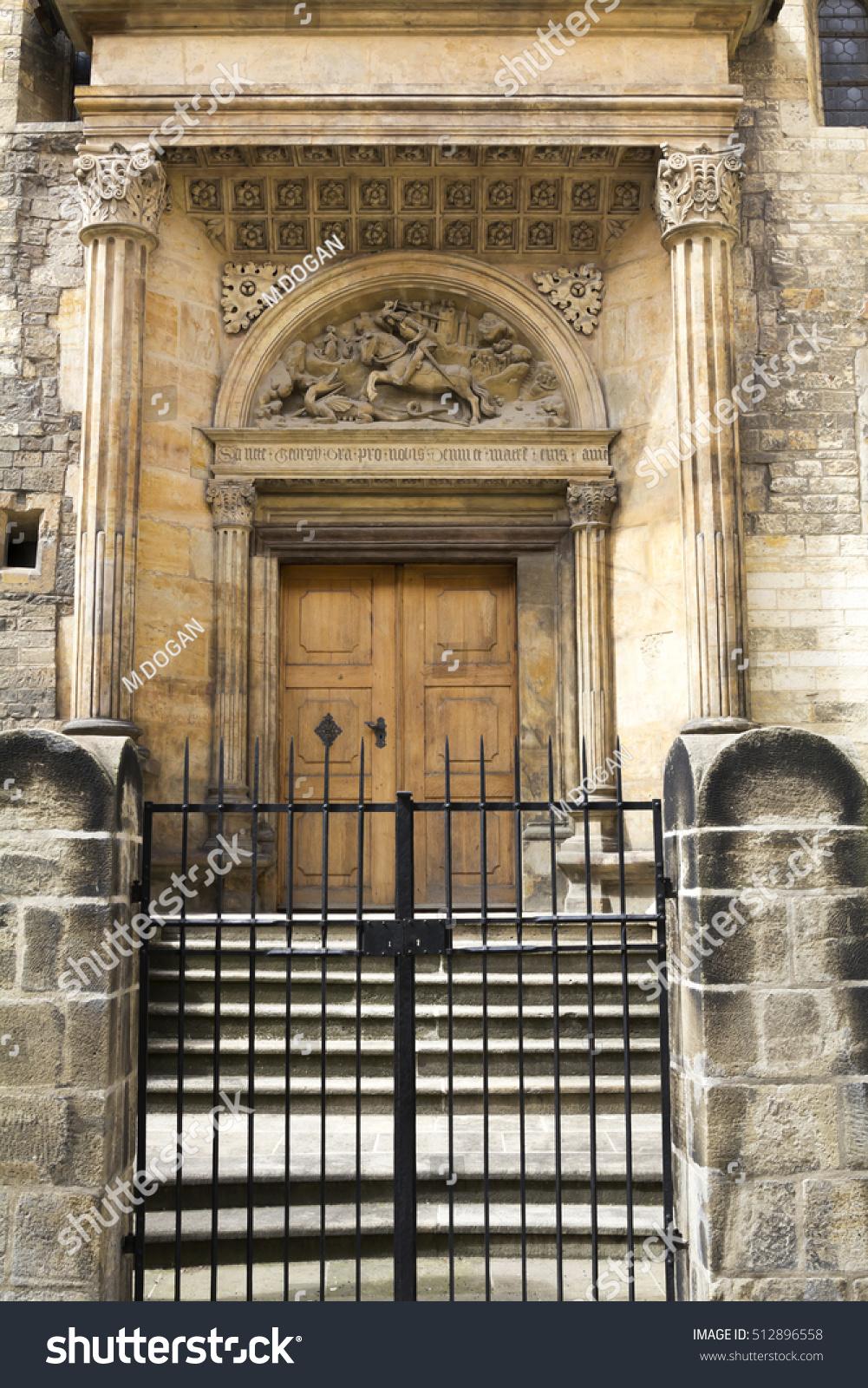 Old Wooden Door Prague Castle Stock Photo 512896558 - Shutterstock