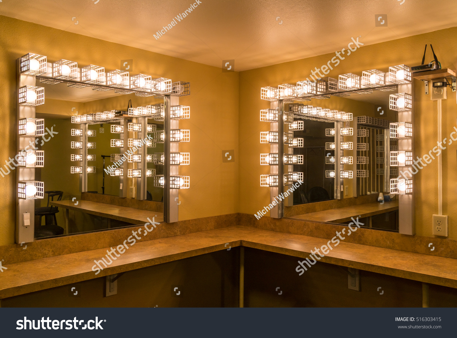 Back Stage Theater Dressing Room Lights : dressing room lighting - azcodes.com