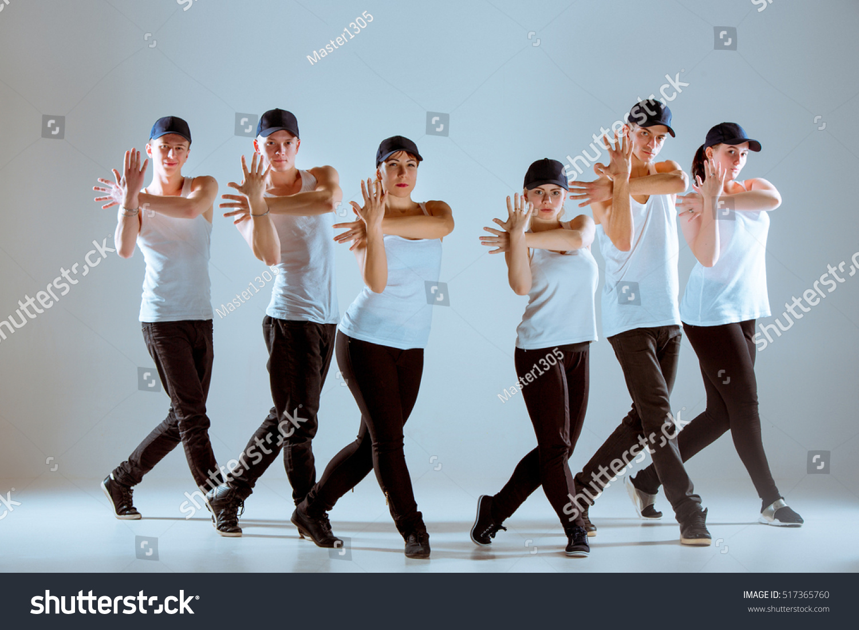 Group Men Women Dancing Hip Hop Stock Photo 517365760 ...