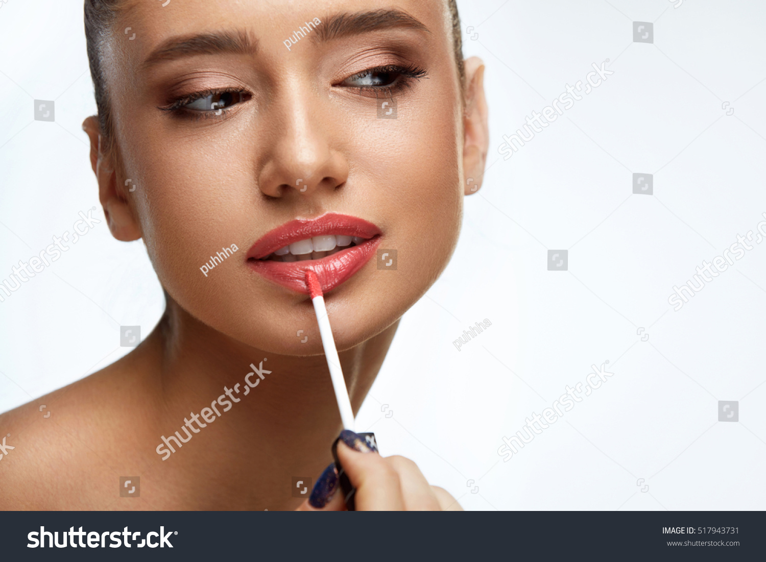 how to become a lip model