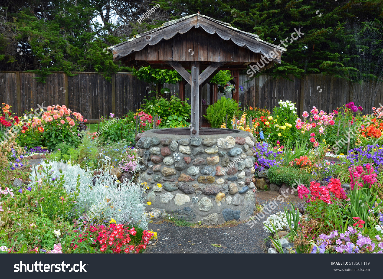 Old Brick Wishing Well Colorful Dahlia Stock Photo (Royalty Free ...
