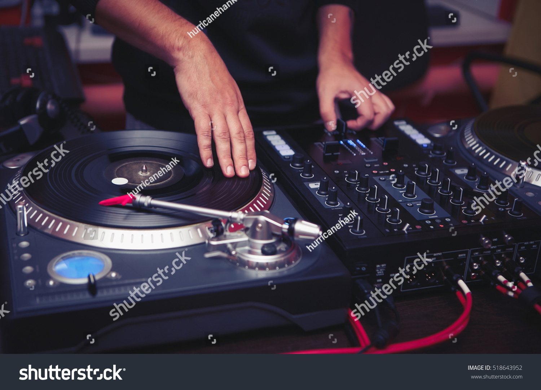 dj play music hip hop partyturntable stock photo 518643952 shutterstock. Black Bedroom Furniture Sets. Home Design Ideas