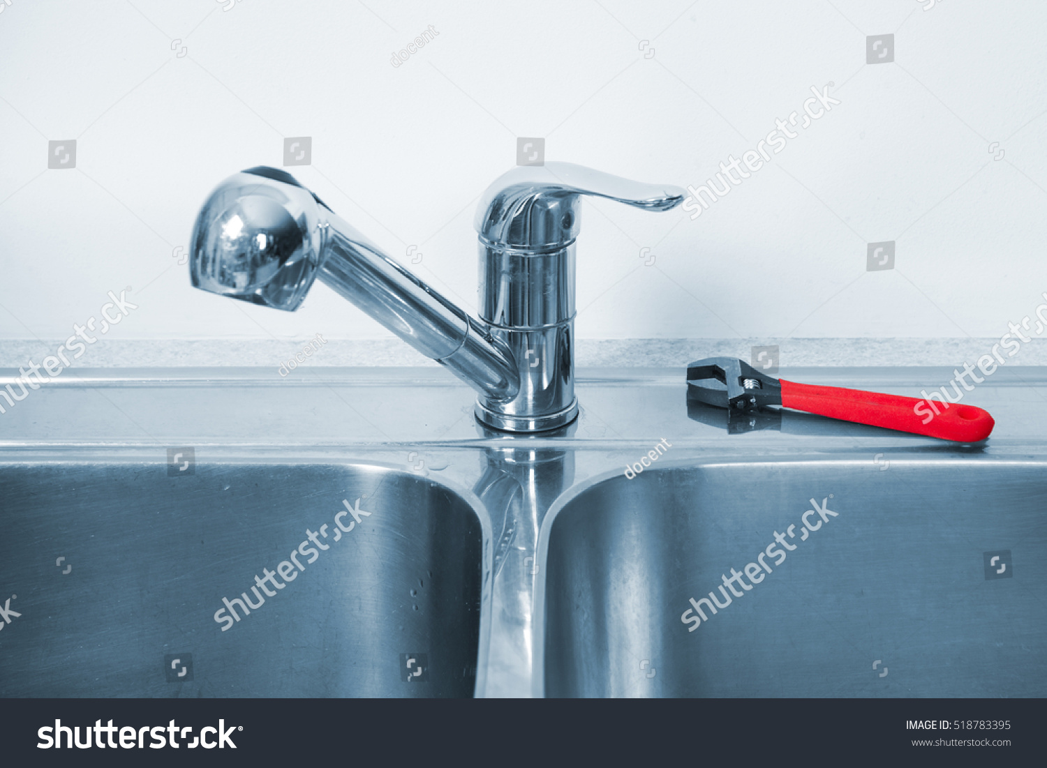 Kitchen Sink Water Dirty