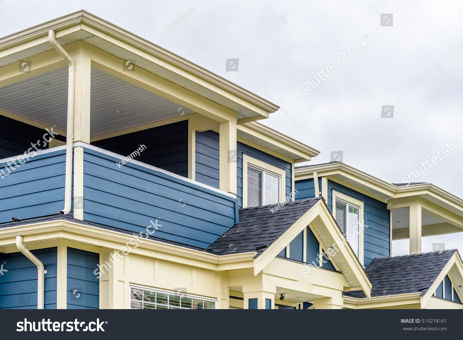 top house apartment building nice window stock photo 519218161 shutterstock. Black Bedroom Furniture Sets. Home Design Ideas