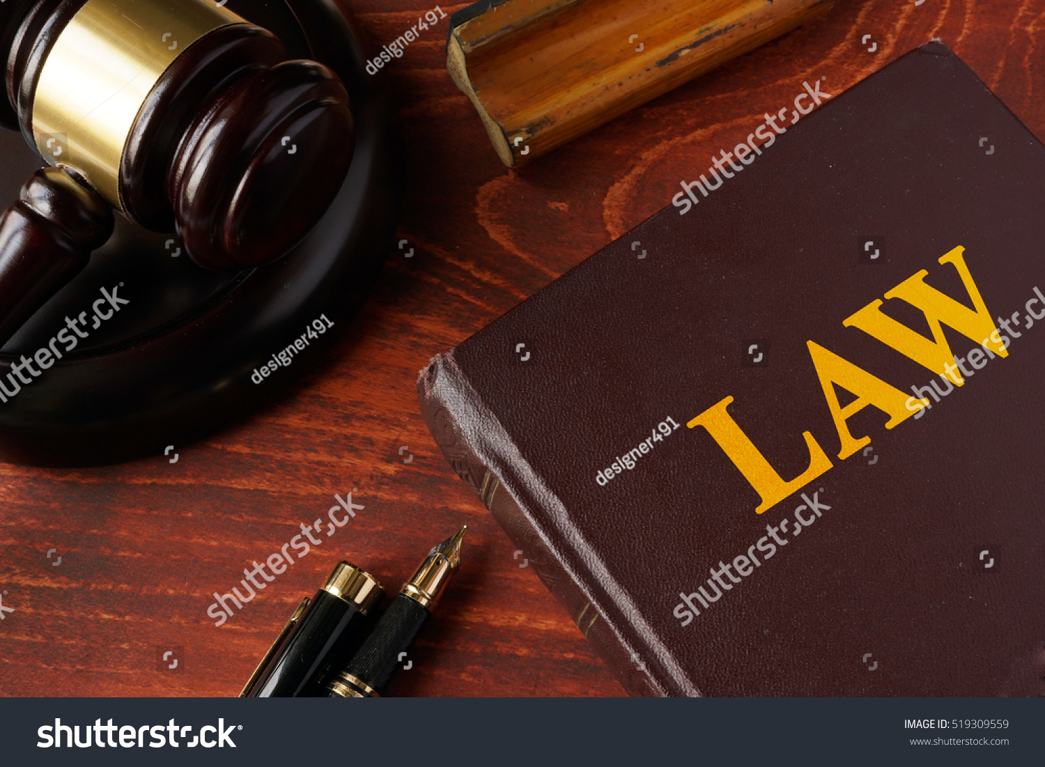 the concept of a separate legal The separate legal personality concept is useful in large companies where there are many shareholders separate legal entity (law 346.