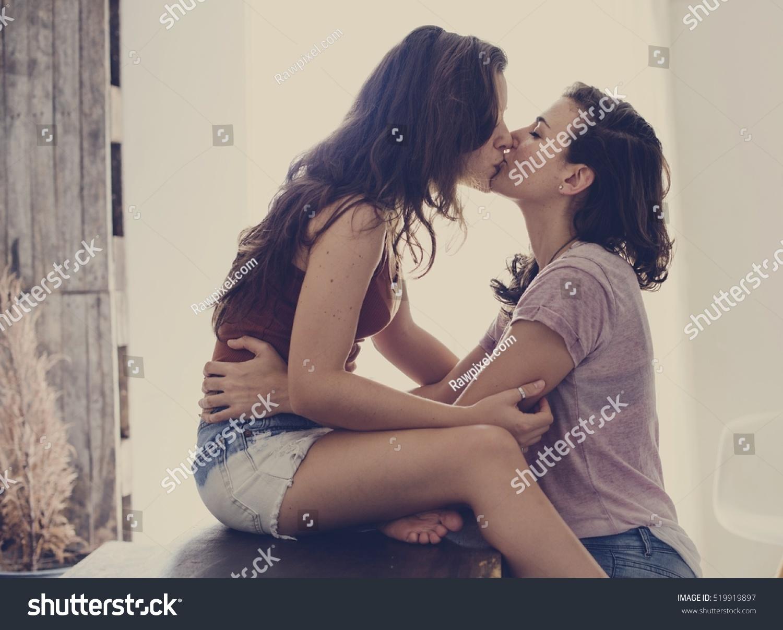 Nuoret lesbot ilmaiseksiMiten tehdä kukko Iso