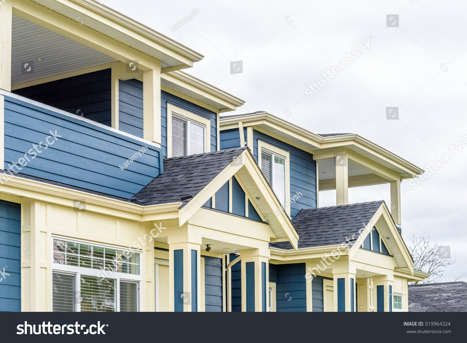 top house apartment building nice window stock photo 519964324 shutterstock. Black Bedroom Furniture Sets. Home Design Ideas