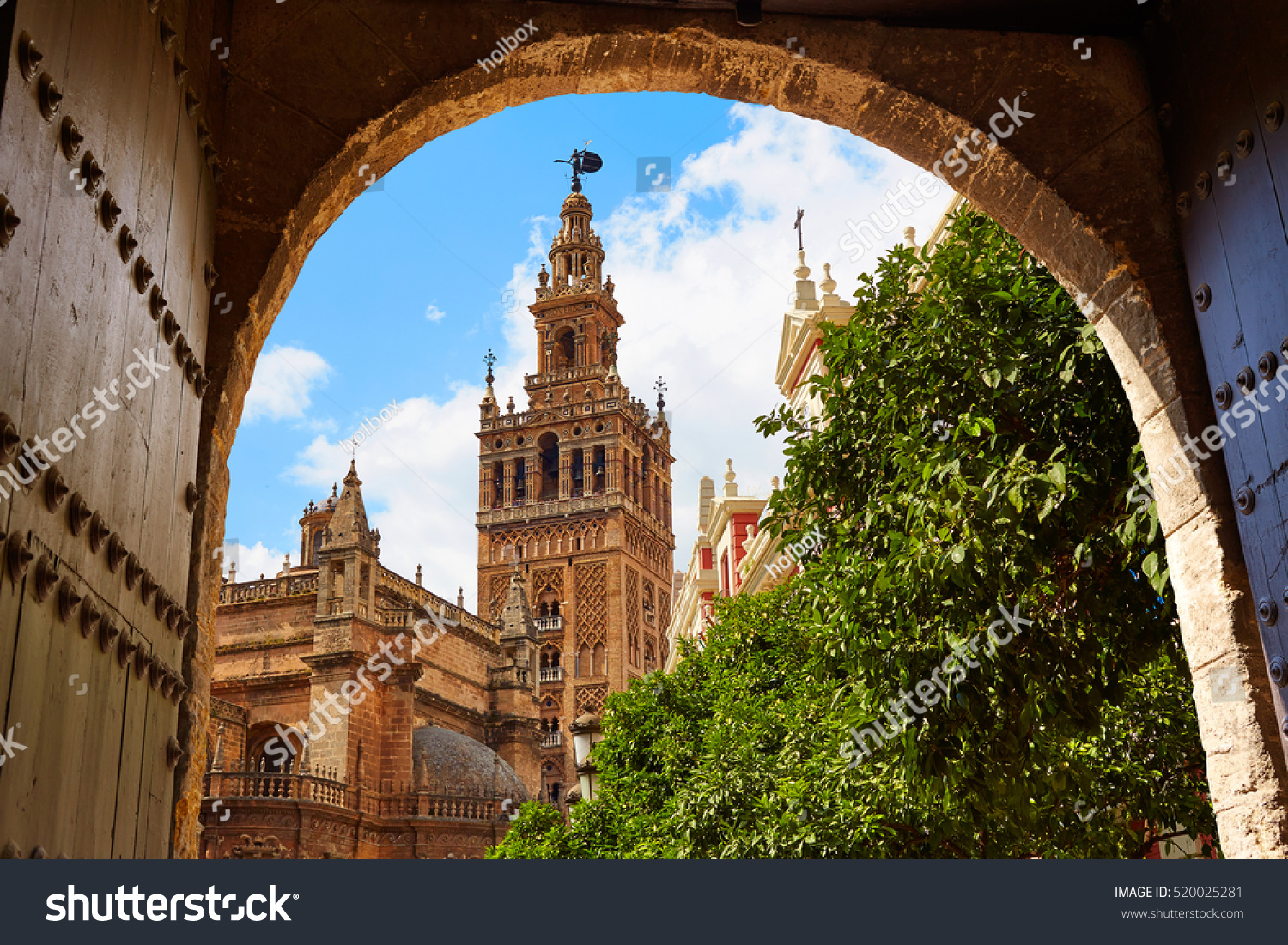 Seville Cathedral Giralda Tower Alcazar Arch Stock Photo 520025281 - Shutters...