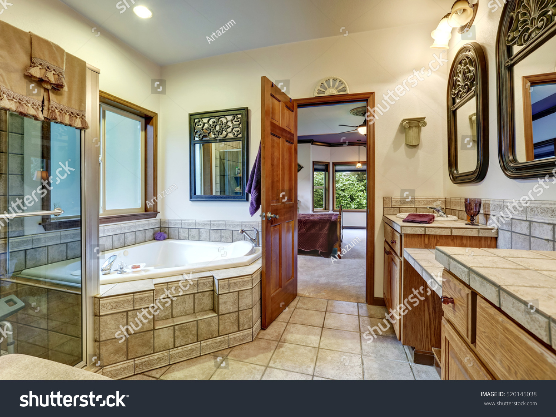 Nice Jack Jill Bath Two Washbasins Stock Photo (Edit Now) 520145038 ...