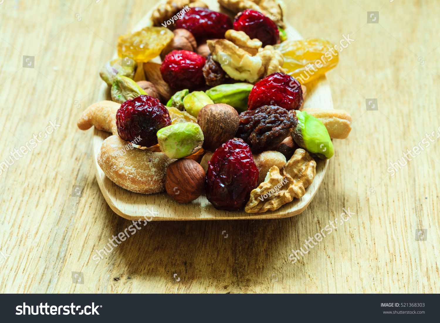 fruit calories is fruit and nut mix healthy
